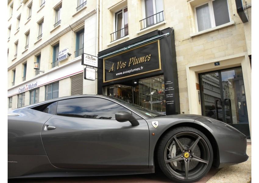 Vetements Ferrari femme